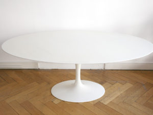 Saarinen table tulipe ovale marbre knoll lausanne for Table knoll ovale marbre blanc