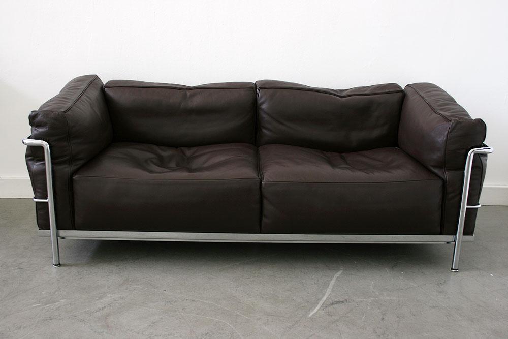 canap lc3 le corbusier cassina lausanne suisse. Black Bedroom Furniture Sets. Home Design Ideas