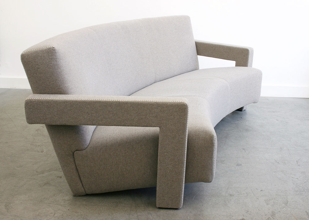 Gerrit t rietveld utrecht sofa cassina for Designklassiker sofa