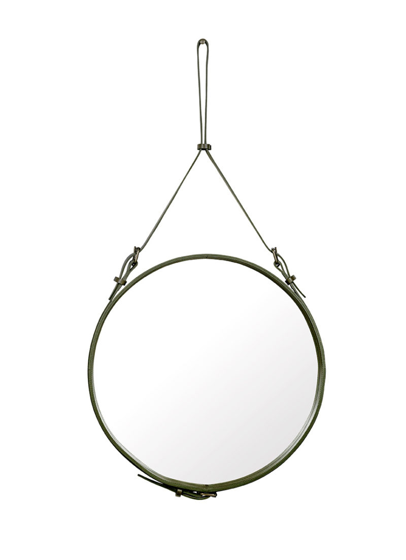 Miroir M, Olive
