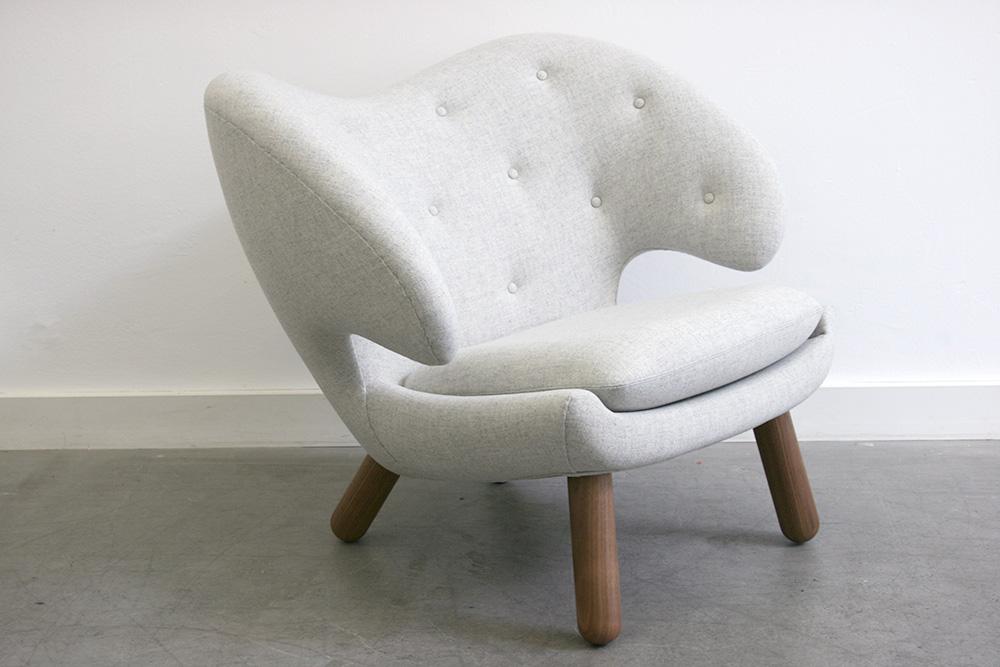 Pelican armchair finn juhl onecollection switzerland danish design - Fauteuil pelican finn juhl ...