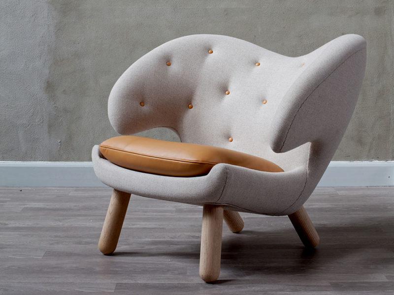 Pelican armchair, Finn Juhl, Onecollection.