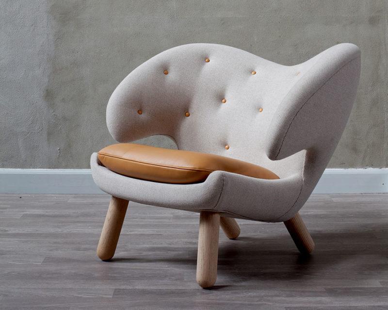 Pelican armchair, Finn Juhl, Onecollection.