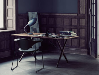 Lampe de table Cobra, anthracite, Greta Grossman, Gubi