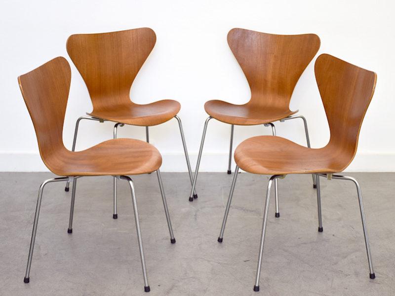 4 Serie 7 chairs, Arne Jacobsen, Fritz Hansen, 1955
