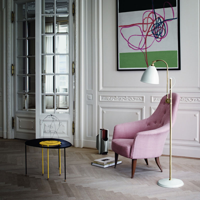 Kangourou side table, Mathieu Matégot, Adam chair Paradiset, Holmquist, floor light Bestlite, Gubi