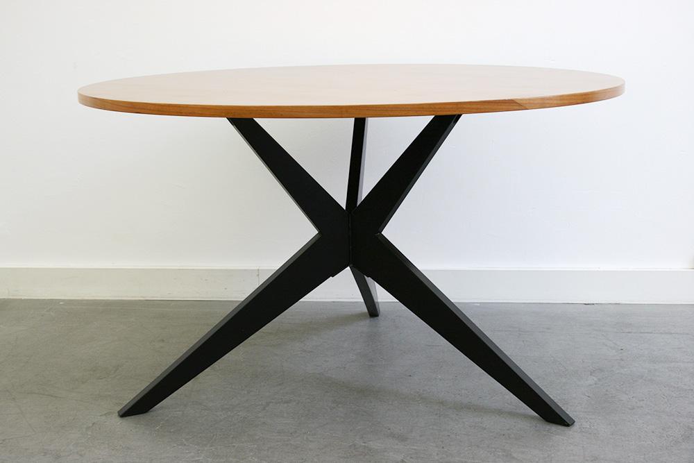 Table popsicle hans bellmann knoll lausanne suisse for Tisch designklassiker