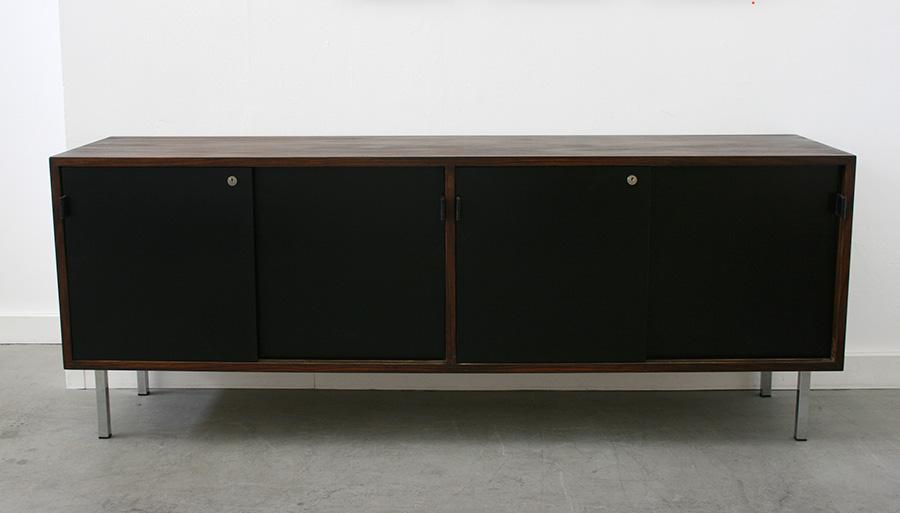 vintage sideboard florence knoll designklassiker lausanne schweiz. Black Bedroom Furniture Sets. Home Design Ideas