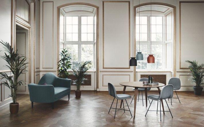 Gubi chairs and table, Komplot Design, pendants Ronde Oliver Schick