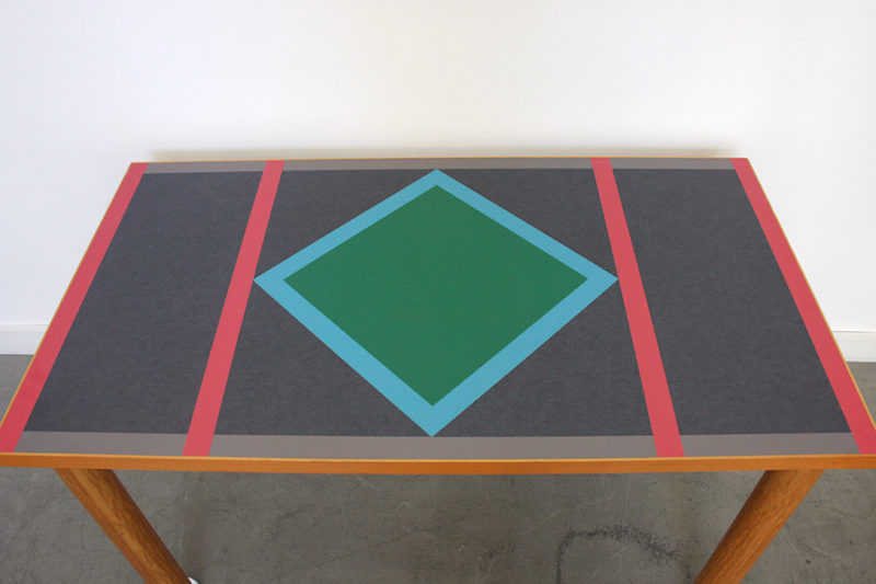 Plateau table Ettore Sottsass