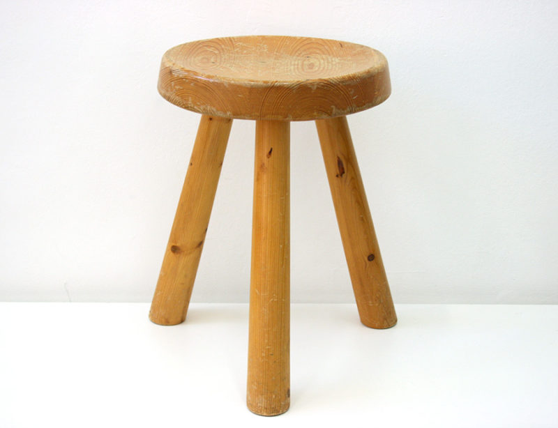 Tabouret tripode, Charlotte Perriand