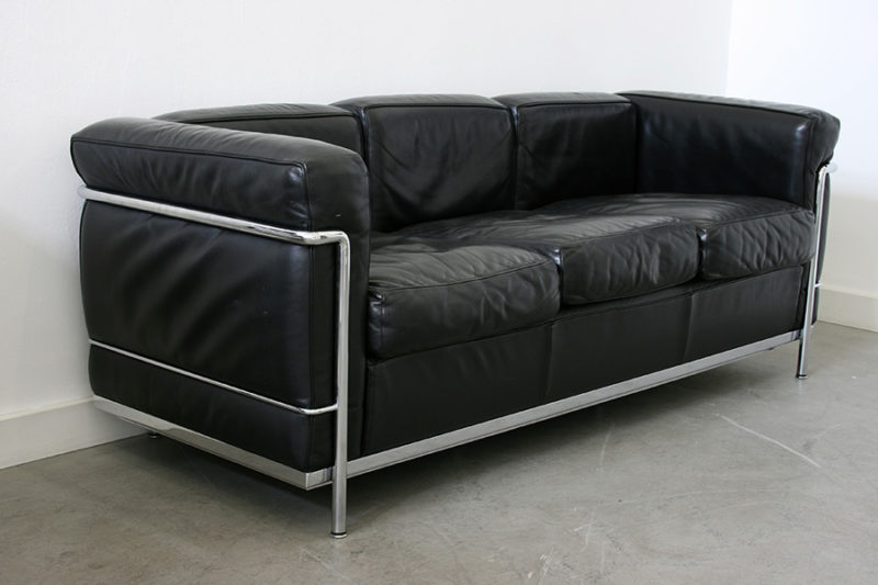 LC2 sofa, 3 seater, Le Corbusier, Pierre Jeanneret, Charlotte Perriand, Cassina