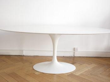 Table tulipe ovale en marbre blanc, Eero Saarinen, Knoll