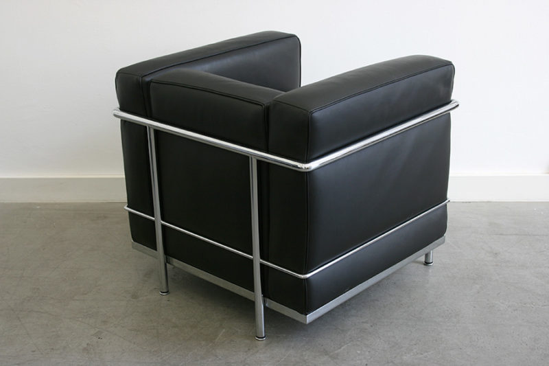 LC2 chair, Le Corbusier, Pierre Jeanneret, Charlotte Perriand, Cassina