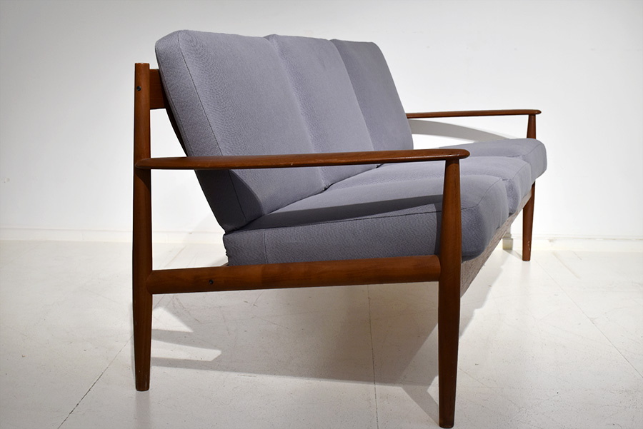 Grete Jalk | Sofa mod. 118 | France & Son