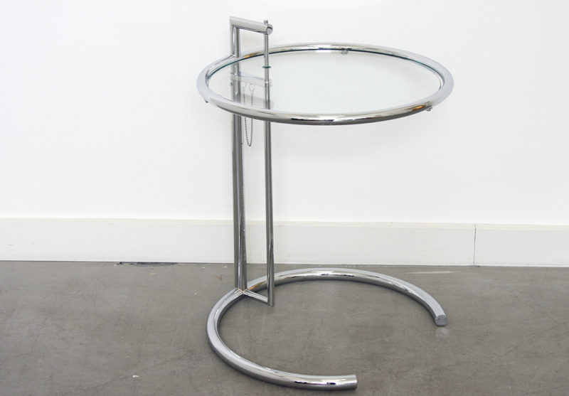 Adjustable table E 1027, Eileen Gray, Classicon