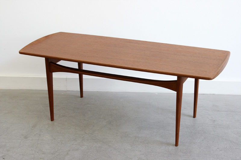 Tove & Edvard Kindt Larsen, Table FD 503, France & Son