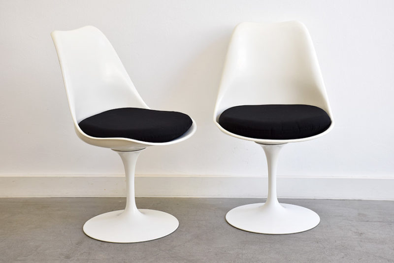 Tulip chairs, Eero Saarinen, Knoll
