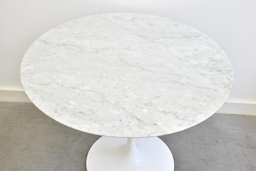 tulip table marble eero saarinen knoll vintage. Black Bedroom Furniture Sets. Home Design Ideas