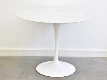 Tulip Tisch aus Marmor, Eero Saarinen, Knoll