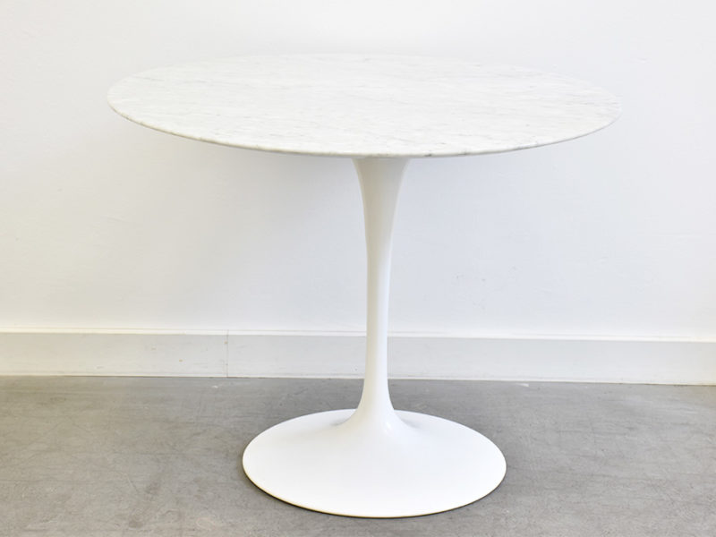 Table tulipe en marbre, Eero Saarinen, Knoll