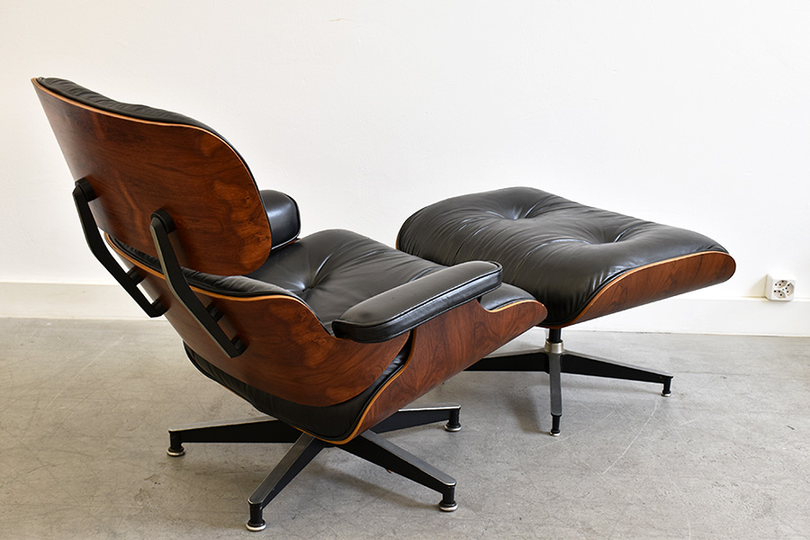 lounge chair ottoman eames herman miller lausanne suisse. Black Bedroom Furniture Sets. Home Design Ideas