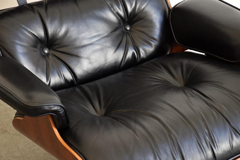Détail cuir fauteuil