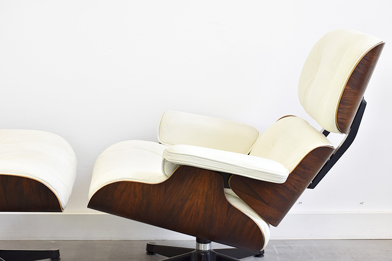 Lounge chair with ottoman, Charles & Ray Eames, Vitra, 1956