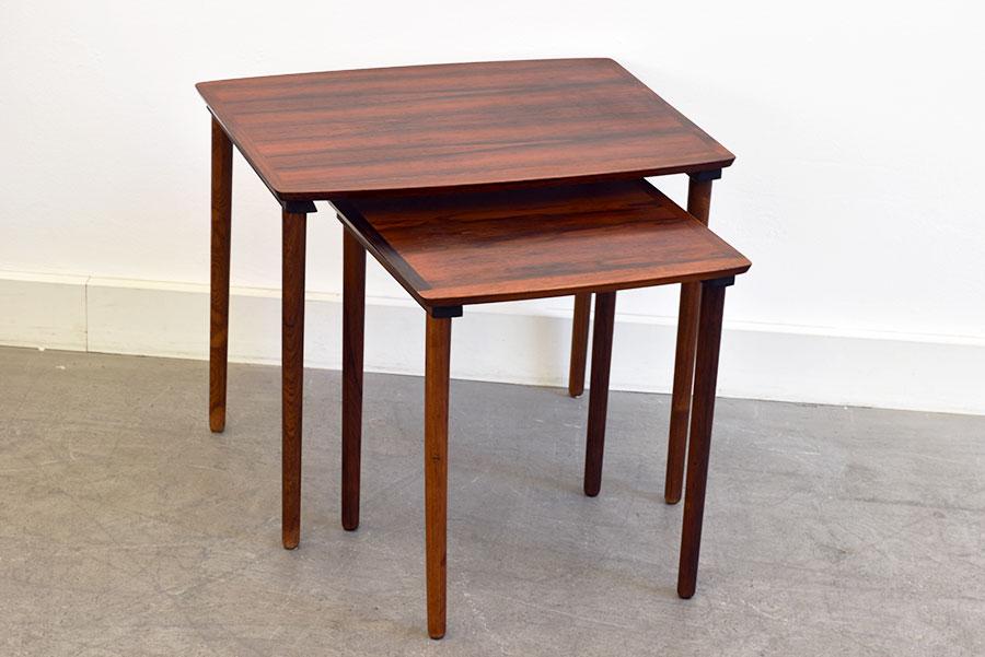 vintage rosewood nesting tables 222 m bel intarsia. Black Bedroom Furniture Sets. Home Design Ideas