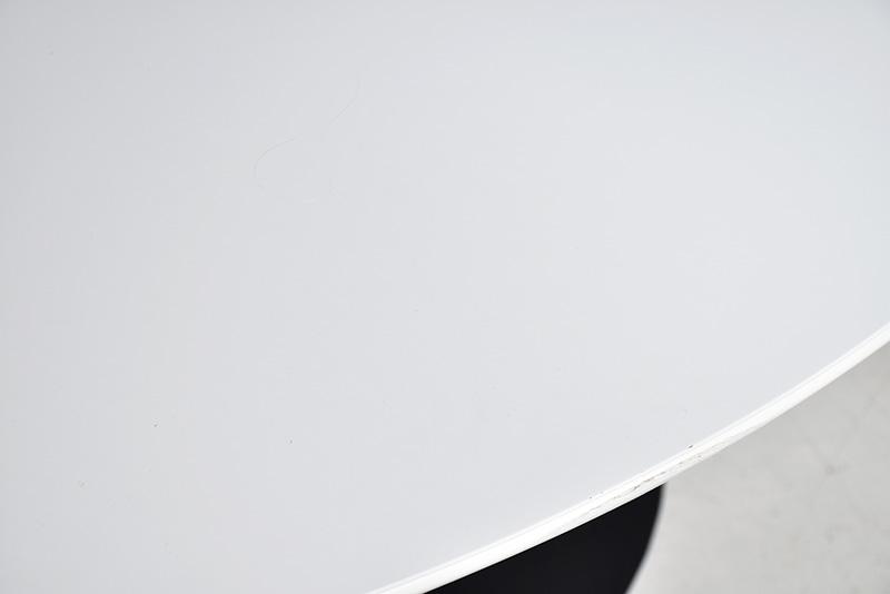 Tulip Tisch weiss, oval 198cm, Eero Saarinen, Knoll