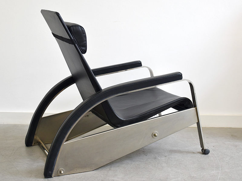 Grand Repos lounge chair, Jean Prouvé, Tecta