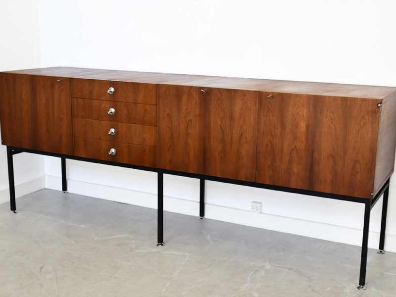 Alain Richard, Sideboard serie 800, Meuble TV