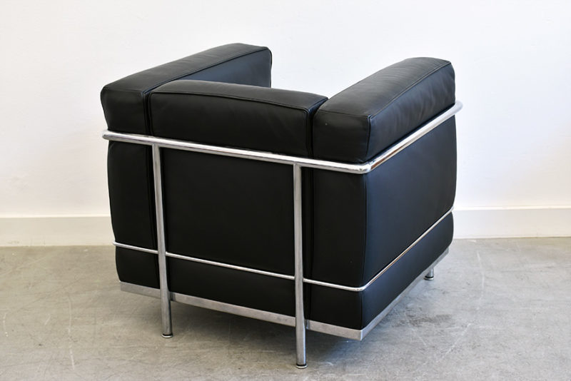 LC2 armchair, Le Corbusier, Cassina