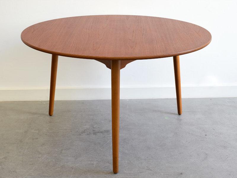 Tisch FH4602, Hans J. Wegner, Fritz Hansen