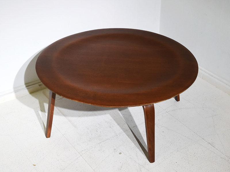 Table CTW de Ray et Charles Eames pour Evans, 1946