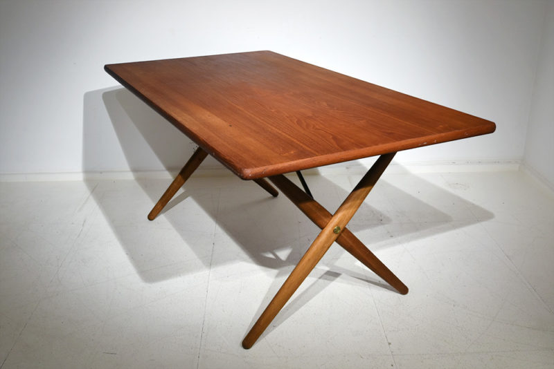Hans J. Wegner, AT-30 table, Andreas Tuck